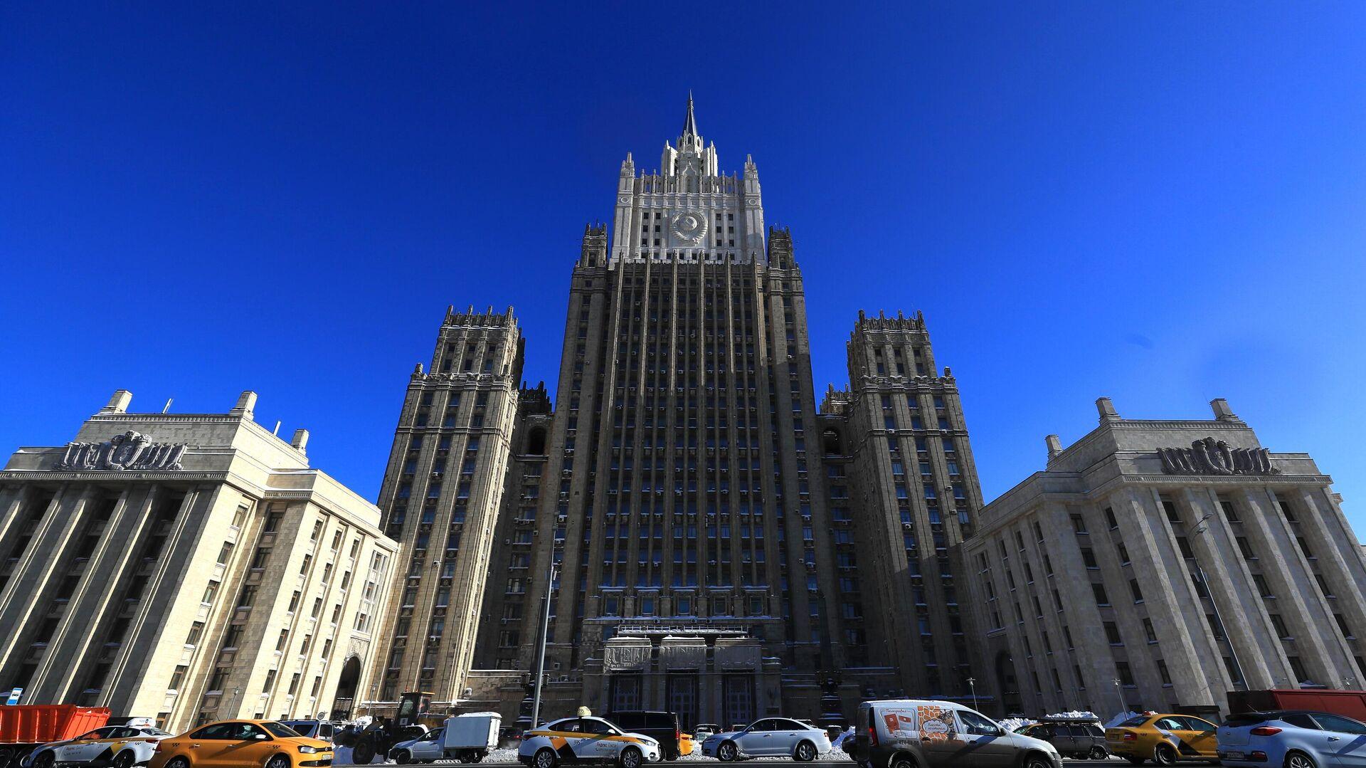 Здание Министерства иностранных дел РФ  - РИА Новости, 1920, 21.04.2021