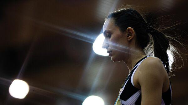 Мария Ласицкене в соревнованиях по прыжкам в высоту на чемпионате России по легкой атлетике в помещении в Москве.