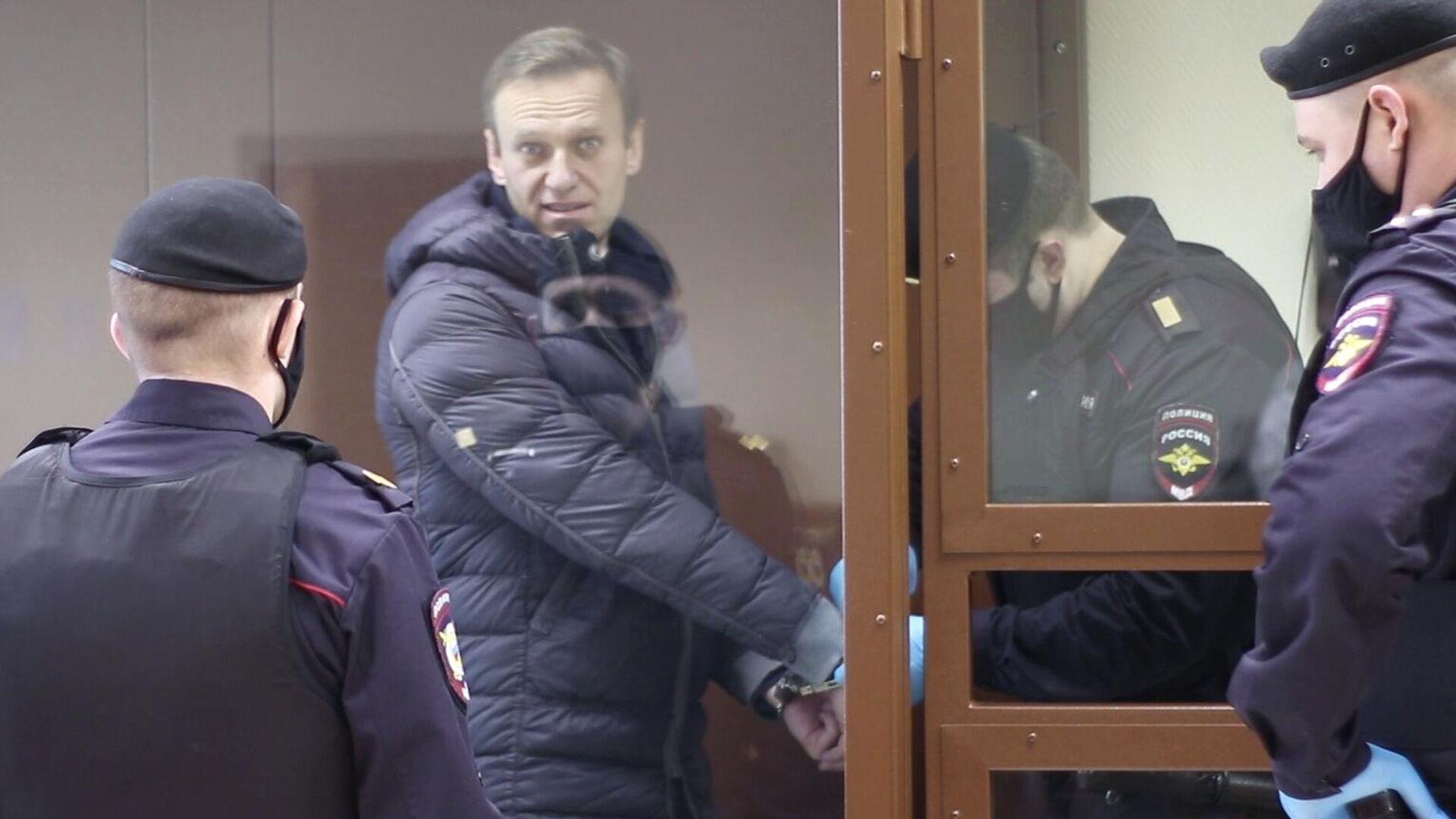 Алексей Навальный в зале Бабушкинского районного суда - РИА Новости, 1920, 21.02.2021