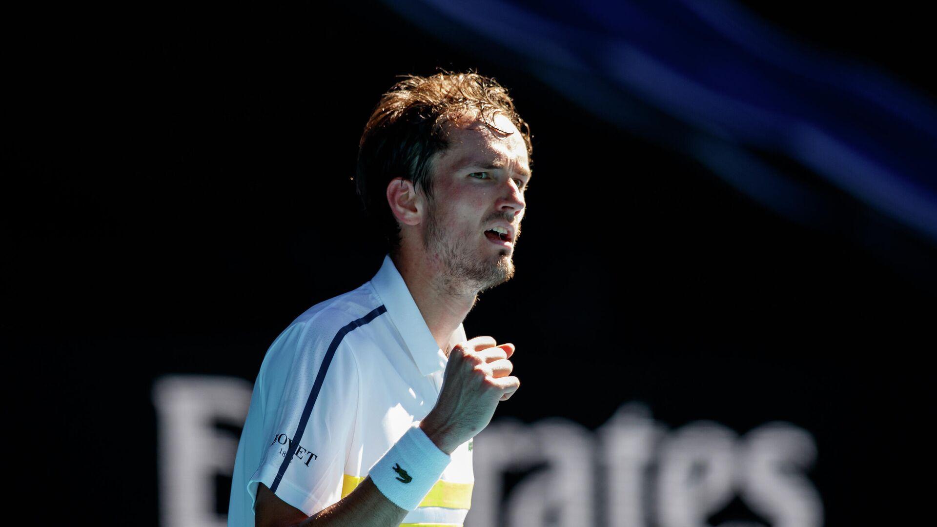 Даниил Медведев в четвертьфинальном матче Открытого чемпионата Австралии 2021 (Australian Open 2021) - РИА Новости, 1920, 23.07.2021