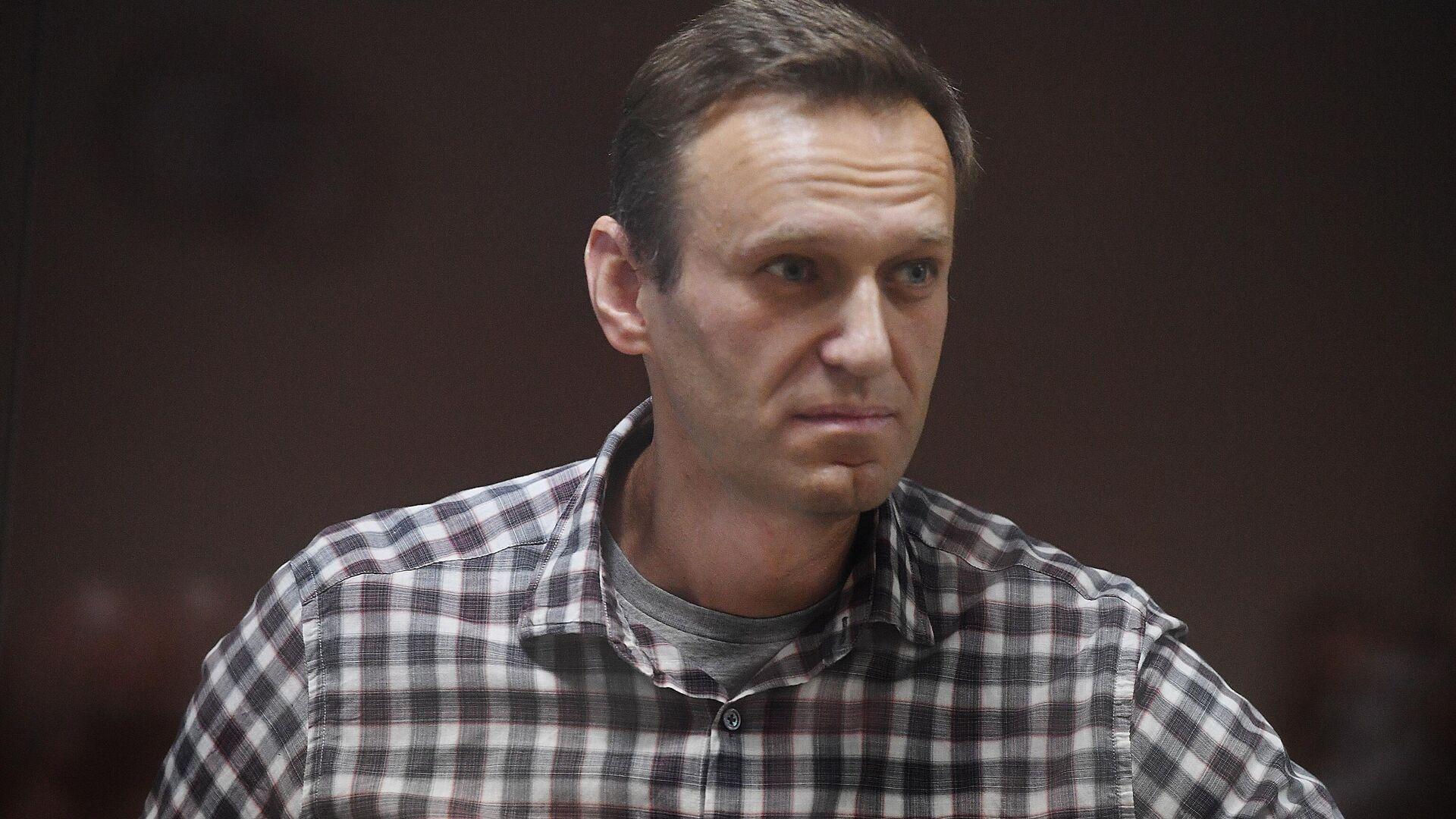 Алексей Навальный в зале Бабушкинского районного суда - РИА Новости, 1920, 19.07.2021