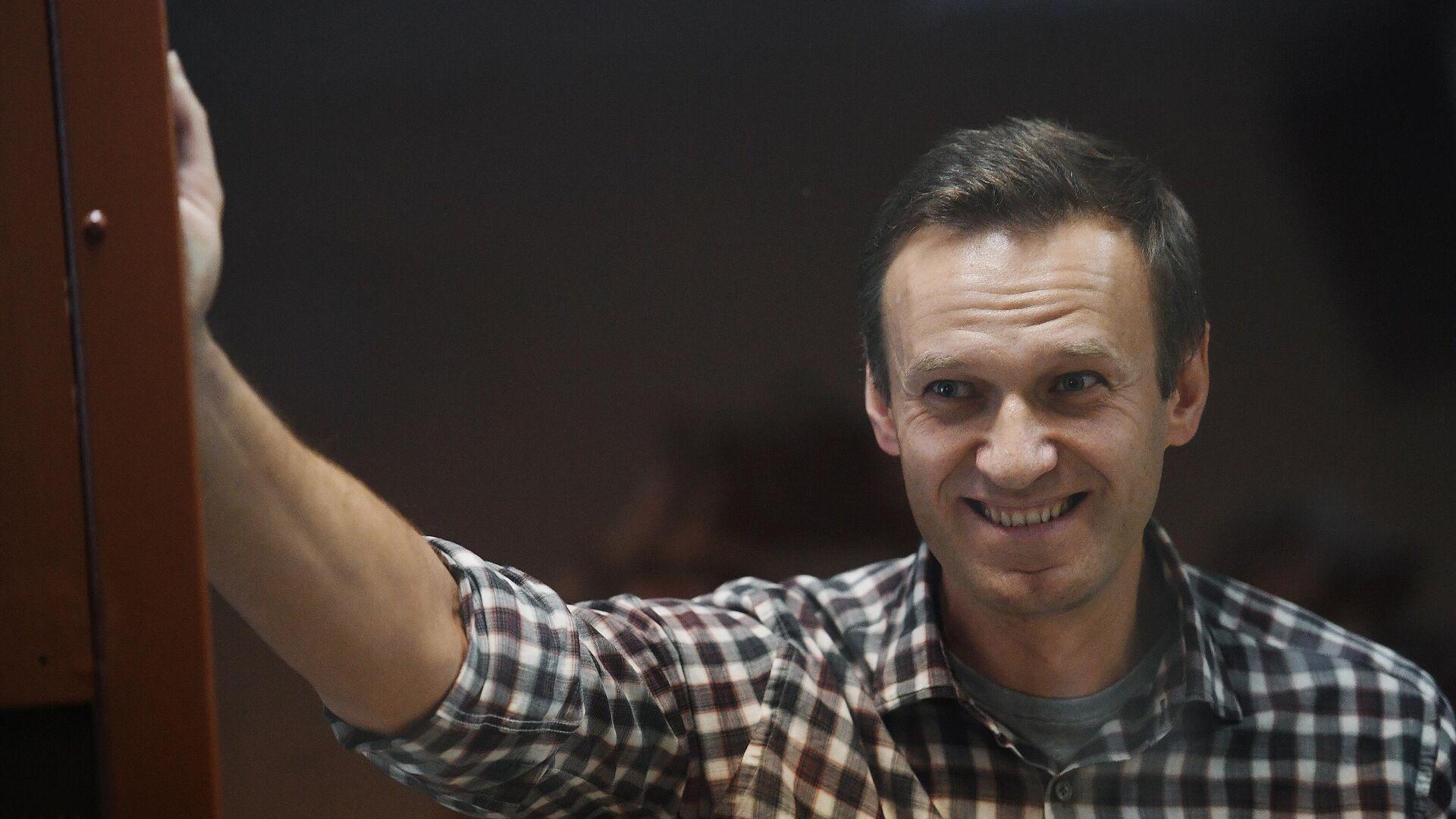 Алексей Навальный в зале Бабушкинского районного суда - РИА Новости, 1920, 20.02.2021
