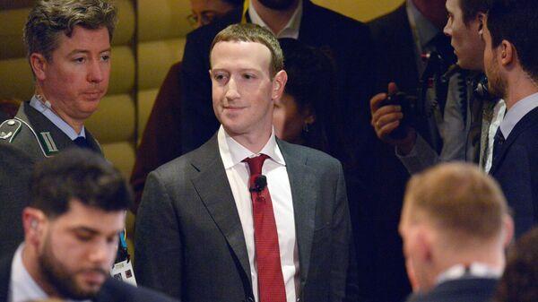 Создатель крупнейшей мировой социальной сети Facebook Марк Цукерберг