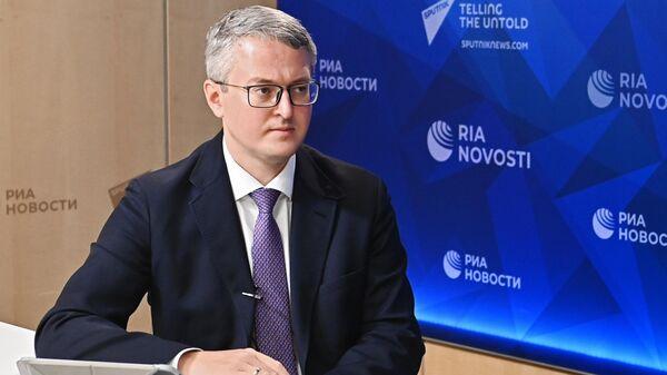 Губернатор Камчатского края Владимир Солодов во время интервью в Международном мультимедийном пресс-центре МИА Россия сегодня