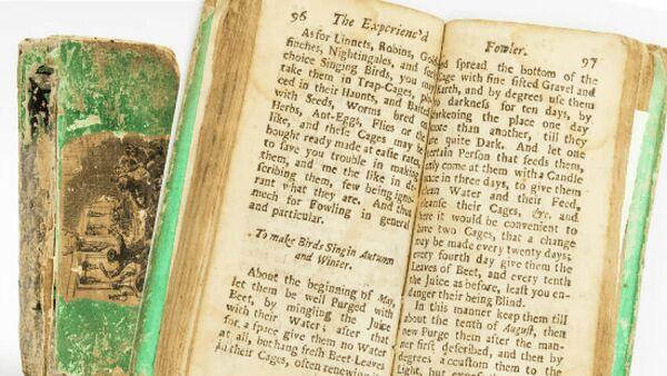 Карманный справочник 1704 года Опытный ловец или отдых джентльмена, представленный аукционным домом Hansons