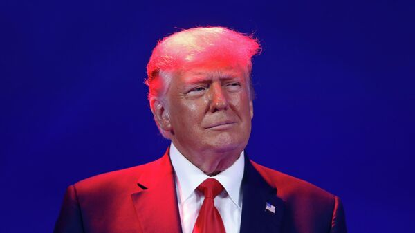 Бывший президент США Дональд Трамп на конференции консервативных политических партий в Орландо
