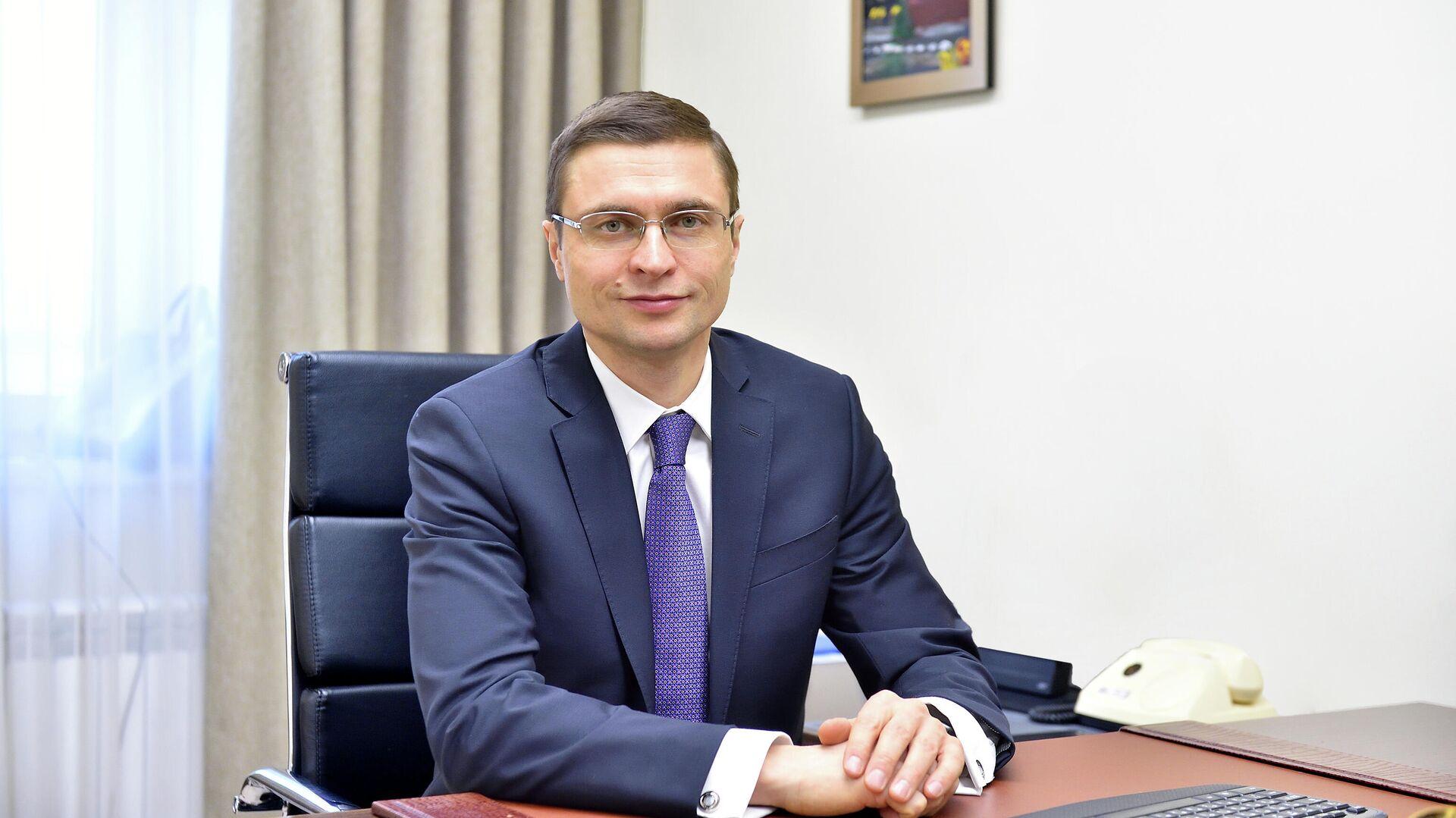 Глава департамента строительства Москвы Рафик Загрутдинов - РИА Новости, 1920, 28.06.2021