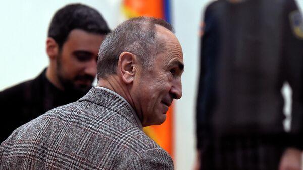 Экс-президент Армении Роберт Кочарян в суде общей юрисдикции Шенгавитского района в Ереване