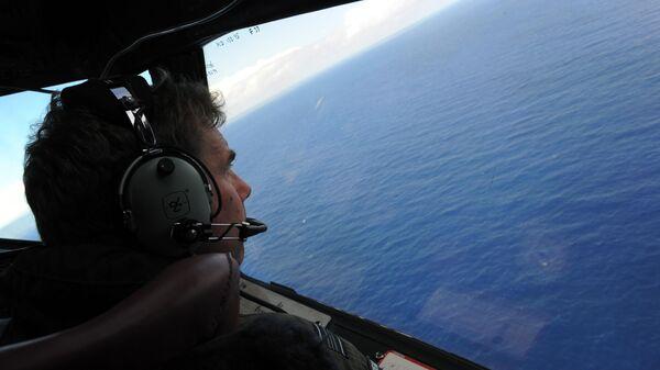 Поиски пропавшего самолета Boeing 777-200 авиакомпании Malaysia Airlines в Индийском океане