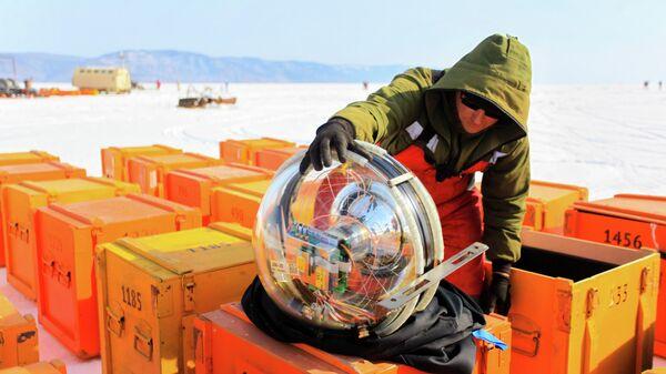 Поймать нейтрино. Российские ученые нашли новое применение озеру Байкал