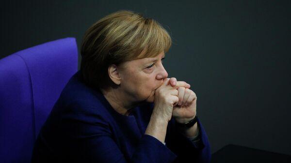 Канцлер Германи Ангела Меркель в Бундестаге, Берлин