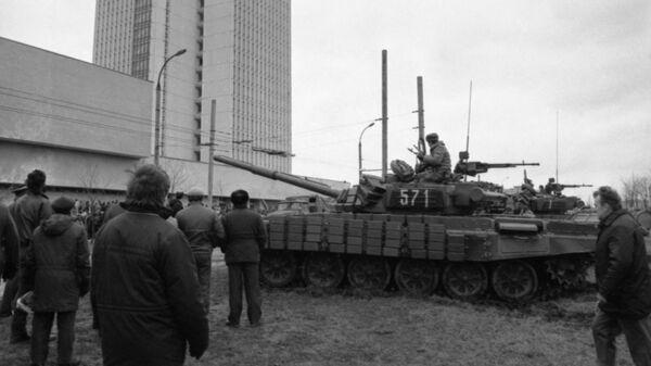 События в Вильнюсе 11 - 13 января 1991 года. Десантники у Дома печати