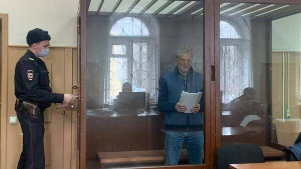 Губернатор Пензенской области Иван Белозерцев в зале суда