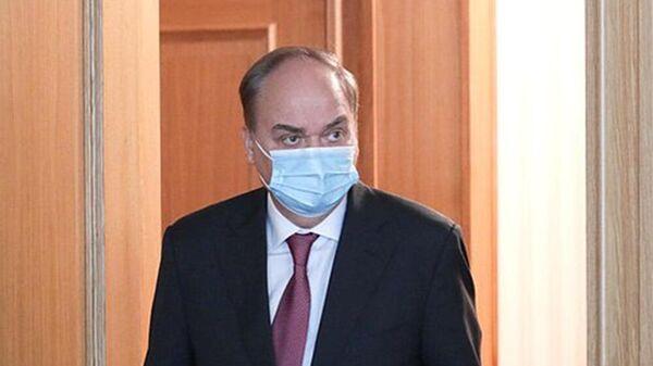 Посол РФ в США Анатолий Антонов во время брифинга в Государственной Думе РФ