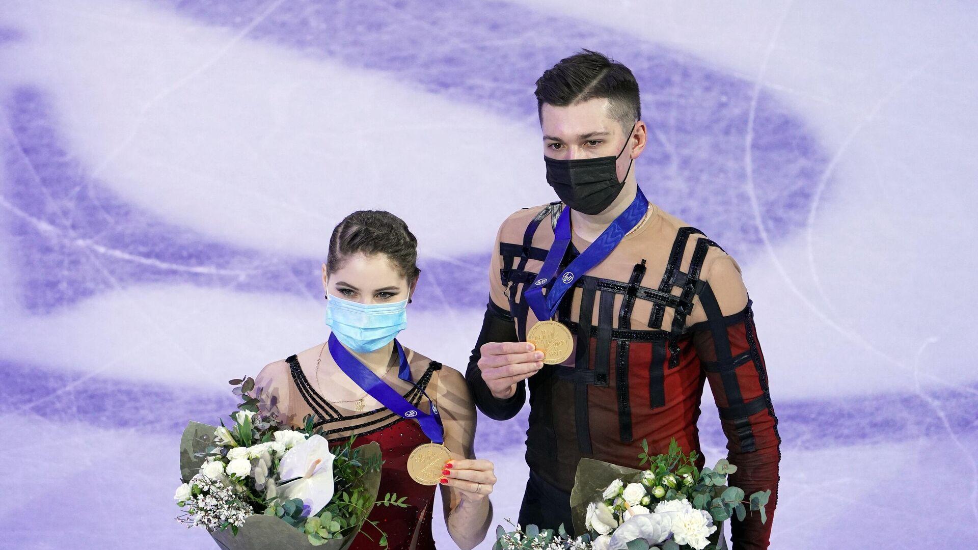 Анастасия Мишина и Александр Галлямов - РИА Новости, 1920, 26.03.2021