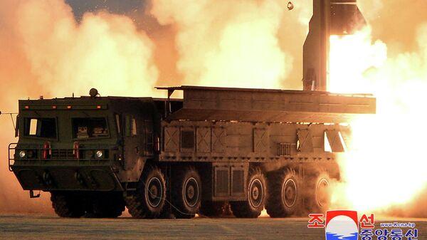 Запуск новой тактической ракеты в КНДР