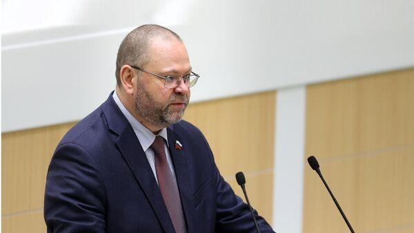 Олег Мельниченко