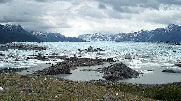 Вид на ледник Кник, Аляска