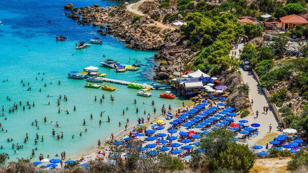 Пляж Коннос Бей на Кипре