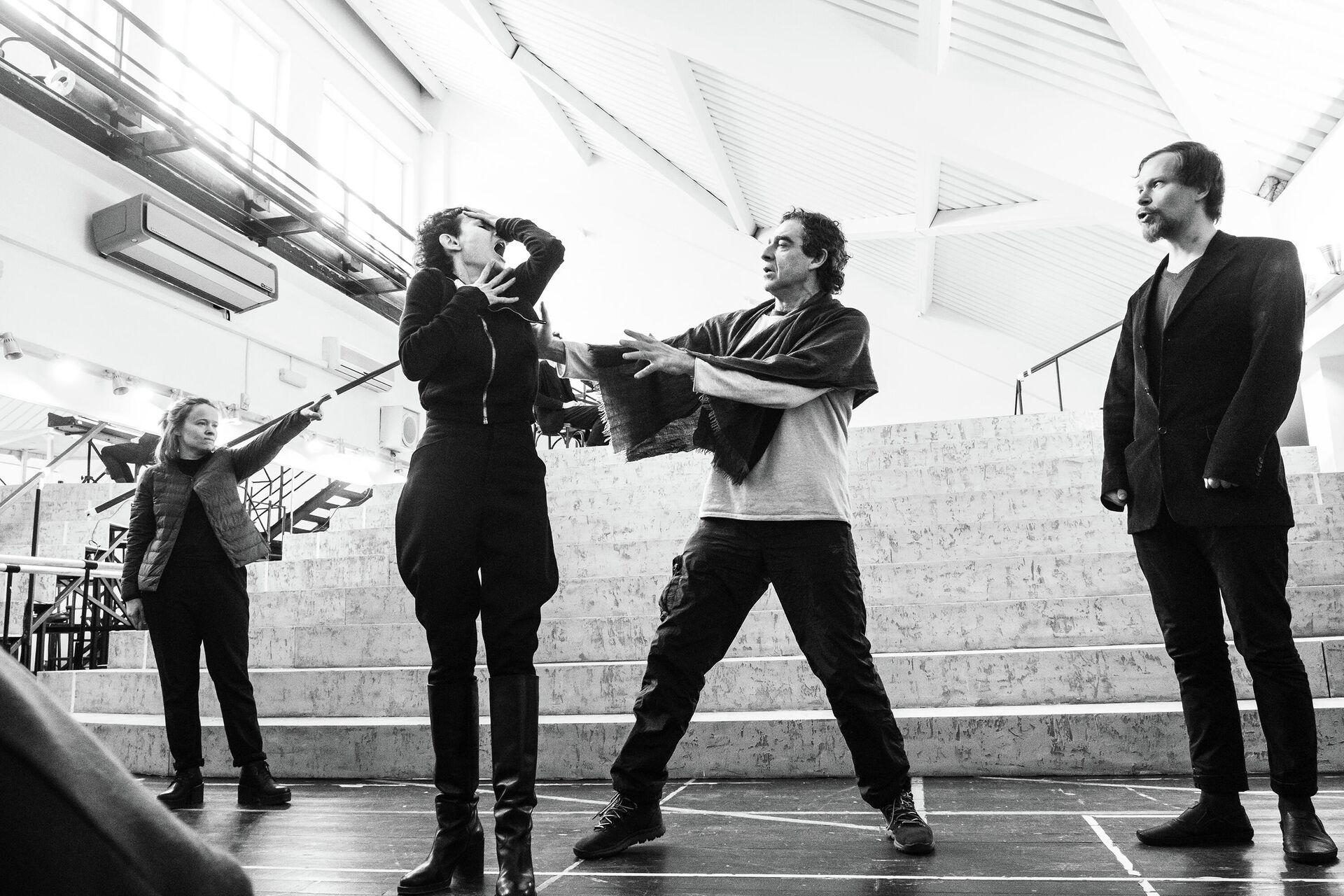 Спектакль Вишневый сад. Комедия - РИА Новости, 1920, 30.03.2021