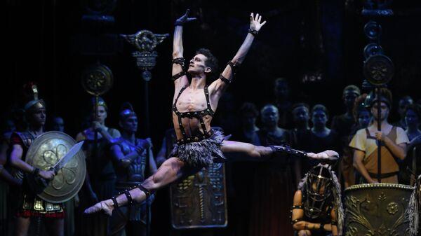 Сцена из балета Спартак в постановке Георгия Ковтуна в Михайловском театре