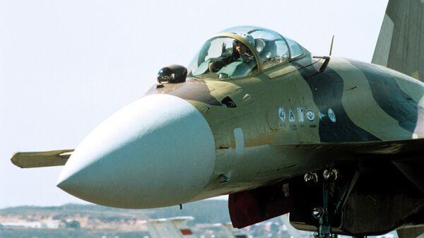 Многофункциональный сверхманевренный истребитель СУ-37