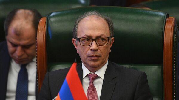 Министр иностранных дел Армении Ара Айвазян принимает участие в заседании Совета министров иностранных дел стран СНГ