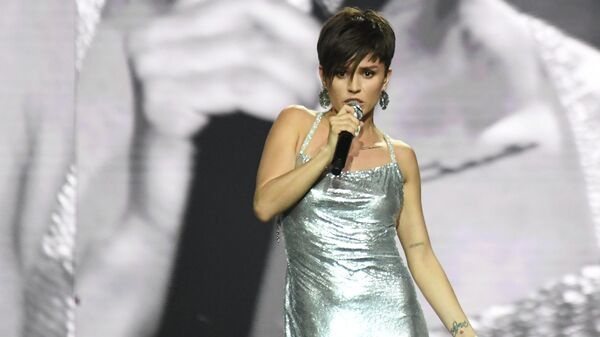 Певица Zivert на III церемонии награждения музыкальной премии Жара Music Awards в Crocus City Hall