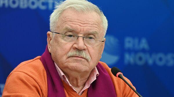 Народный артист России, кинорежиссер, сценарист Сергей Никоненко