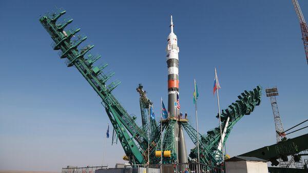 Вывоз РН Союз-2. 1а с пилотируемым кораблем  Союз МС -18 на стартовой комплекс космодрома Байконур