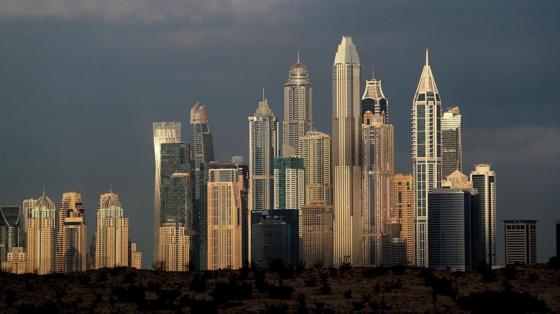Высотные здания в районах Марина и Джумейра Лейк-Тауэрс в Дубае, ОАЭ - РИА Новости, 1920, 05.07.2021