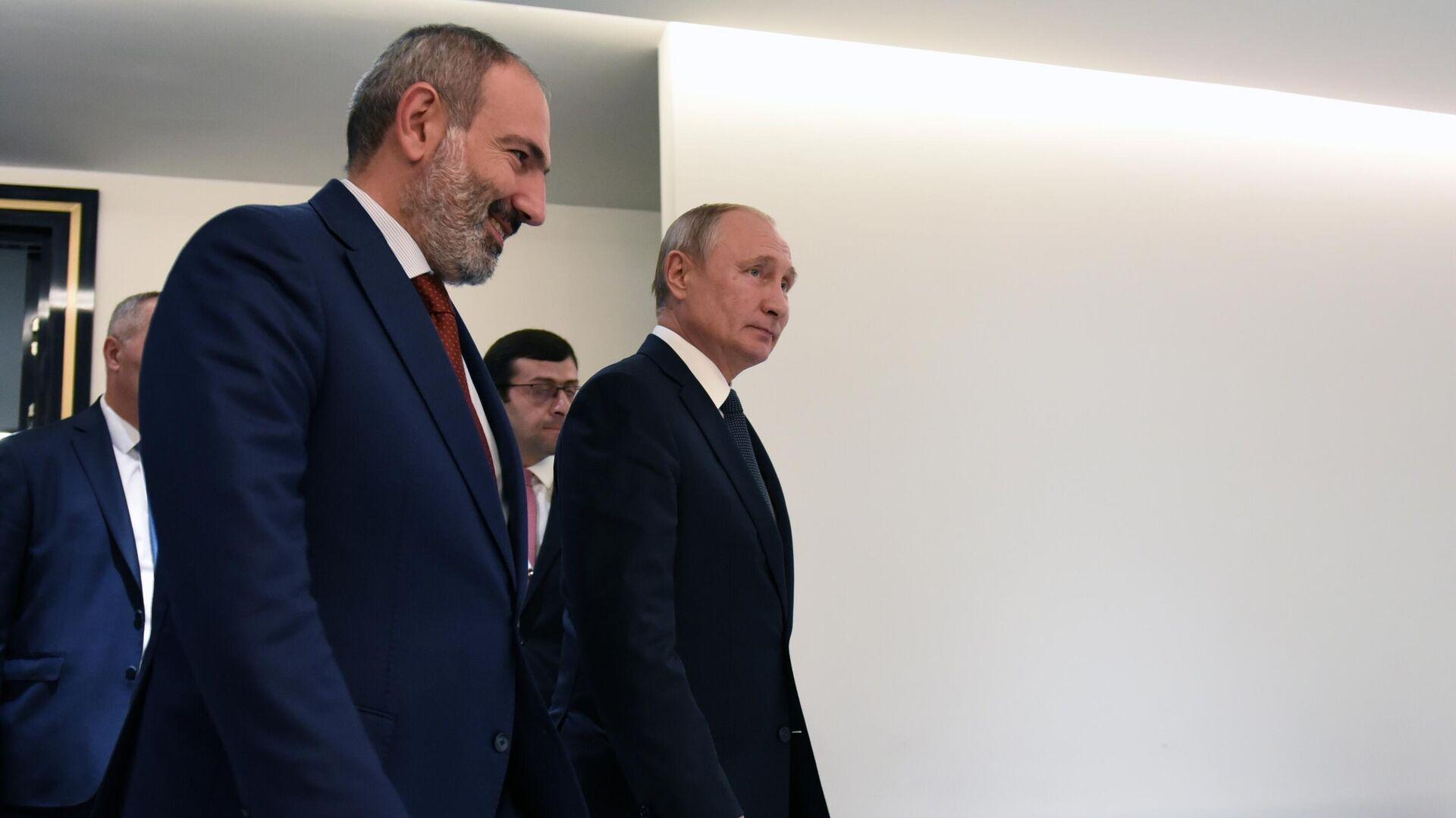 Президент РФ Владимир Путин и премьер-министр Армении Никол Пашинян - РИА Новости, 1920, 22.07.2021