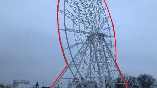 Самовольно установленное колесо обозрения возле Измайловского кремля в Москве