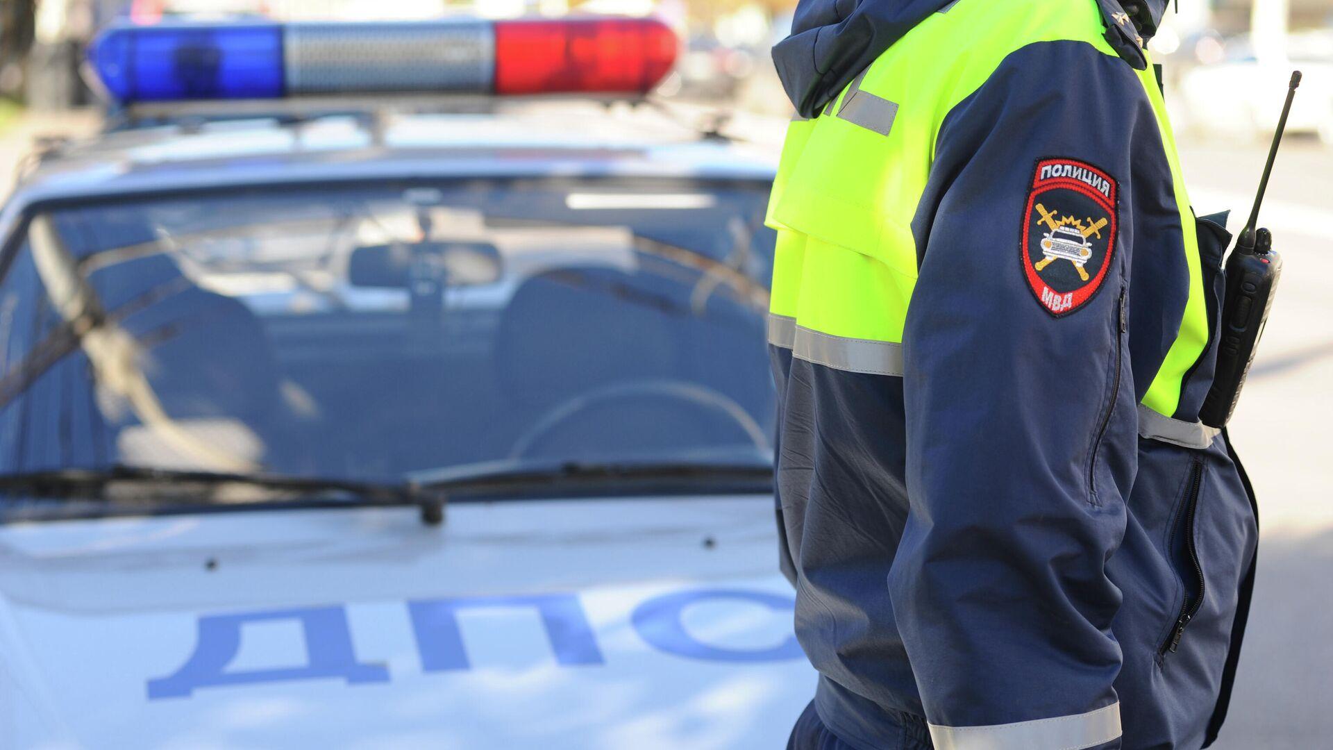 Жительница Саратова попыталась зарезать инспектора ДПС