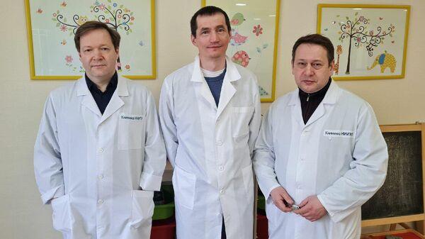 Хирурги Новосибирского НИИТО и Центра Илизарова выполнили сложную операцию маленькой девочке с хрустальной болезнью
