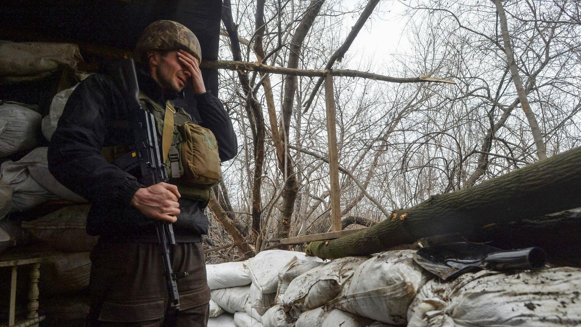 Украинский военный в Луганской области - РИА Новости, 1920, 29.04.2021