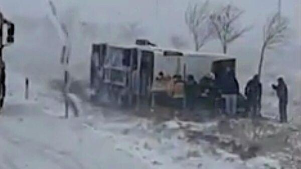 ДТП с автобусом в Турции. Кадр видео