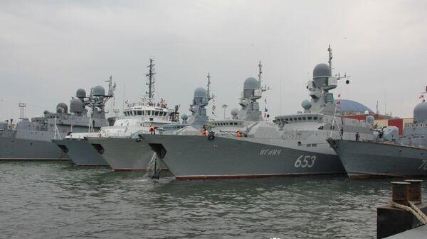 Учения ВМФ России в Каспийском море
