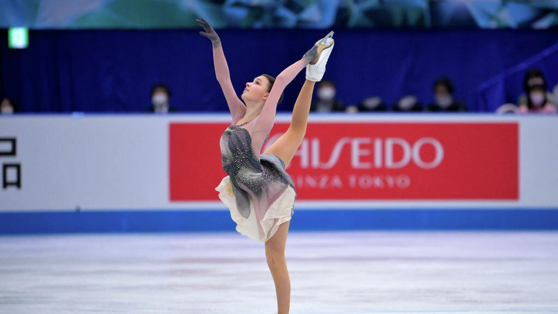 Анна Щербакова выступает на командном чемпионате мира по фигурному катанию в Осаке, Япония - РИА Новости, 1920, 29.06.2021