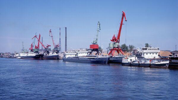 Большой порт Санкт-Петербург