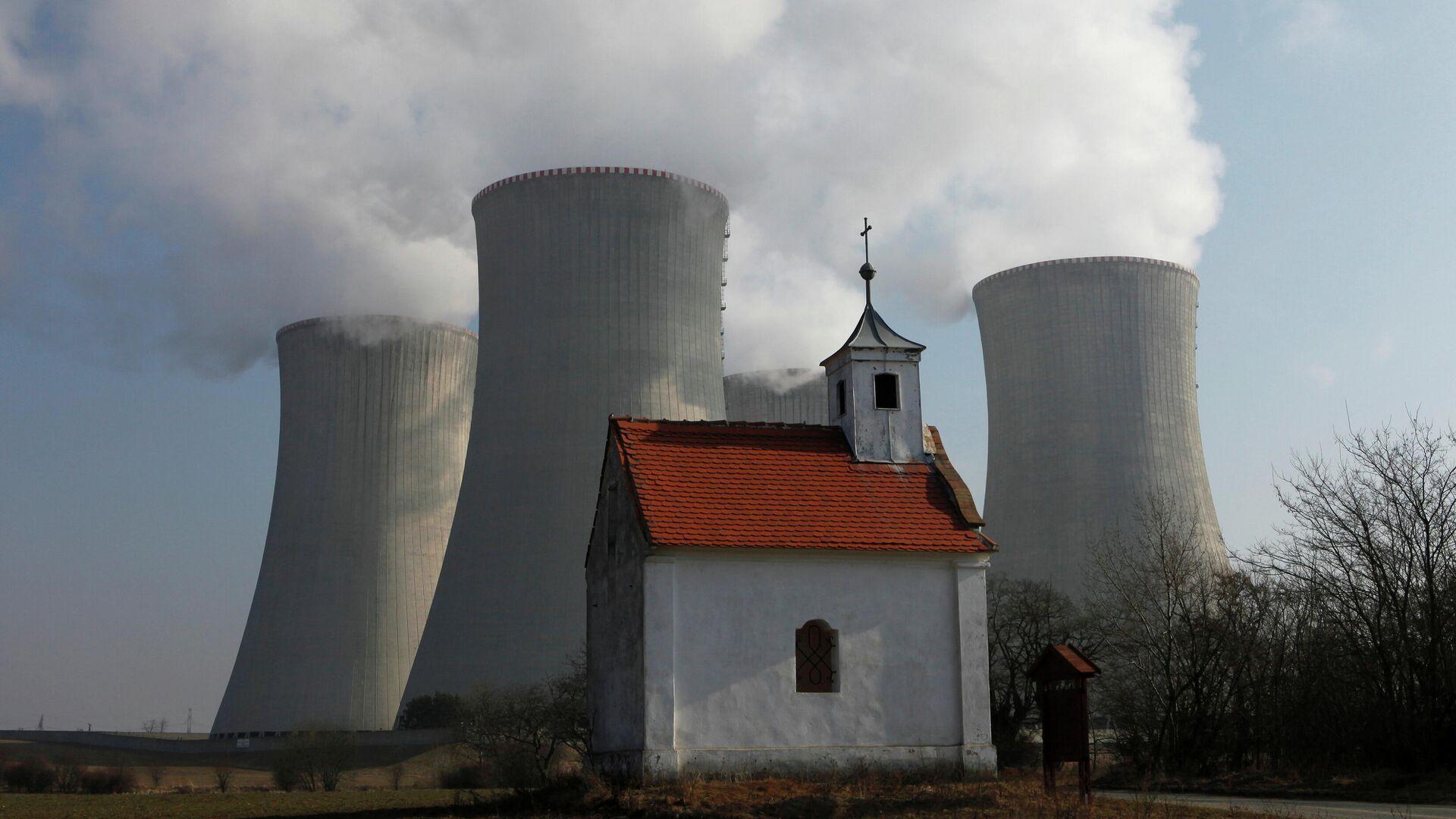 Атомная электростанция Дукованы в Чехии - РИА Новости, 1920, 30.09.2021