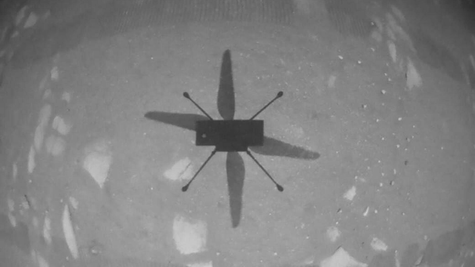 Первое фото, сделанное беспилотным вертолетом НАСА Ingenuity - РИА Новости, 1920, 08.05.2021