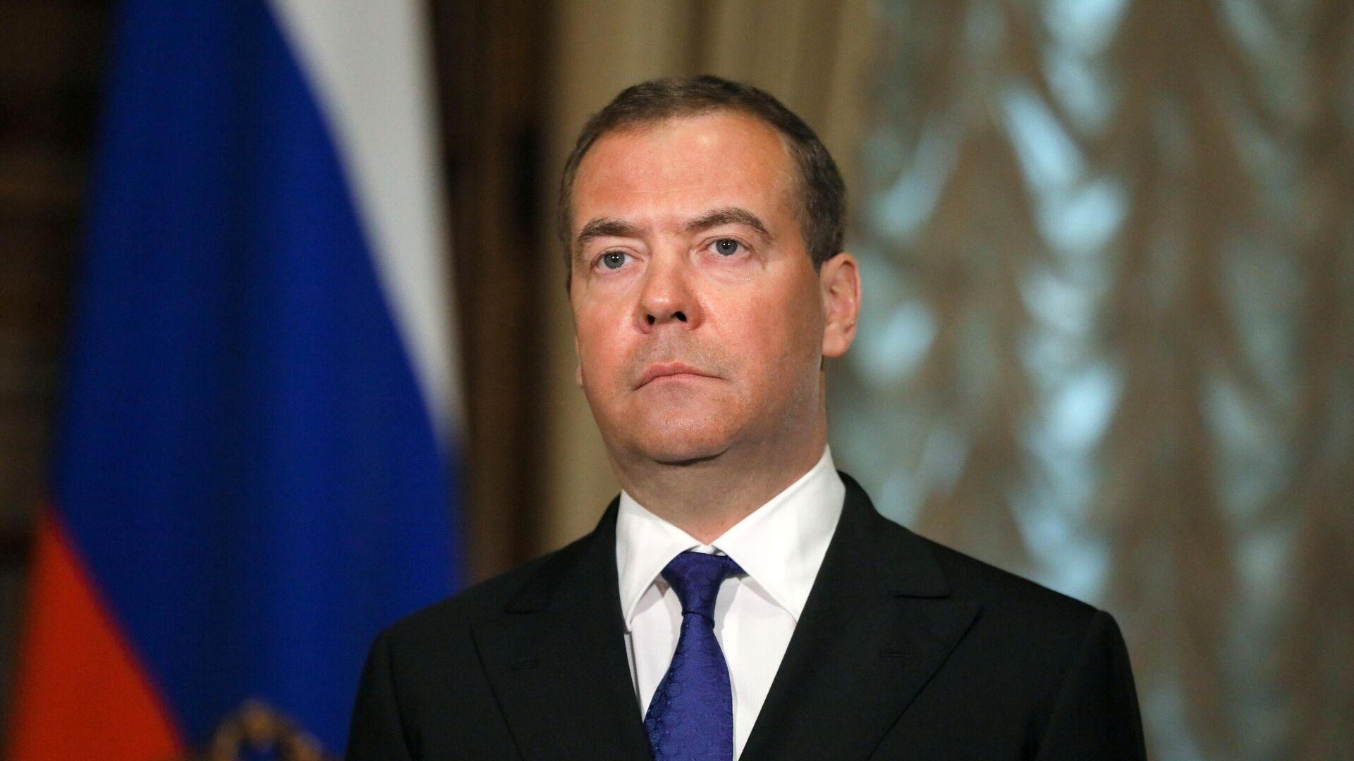 Председатель Единой России, заместитель председателя Совета безопасности РФ Дмитрий Медведев - РИА Новости, 1920, 09.06.2021