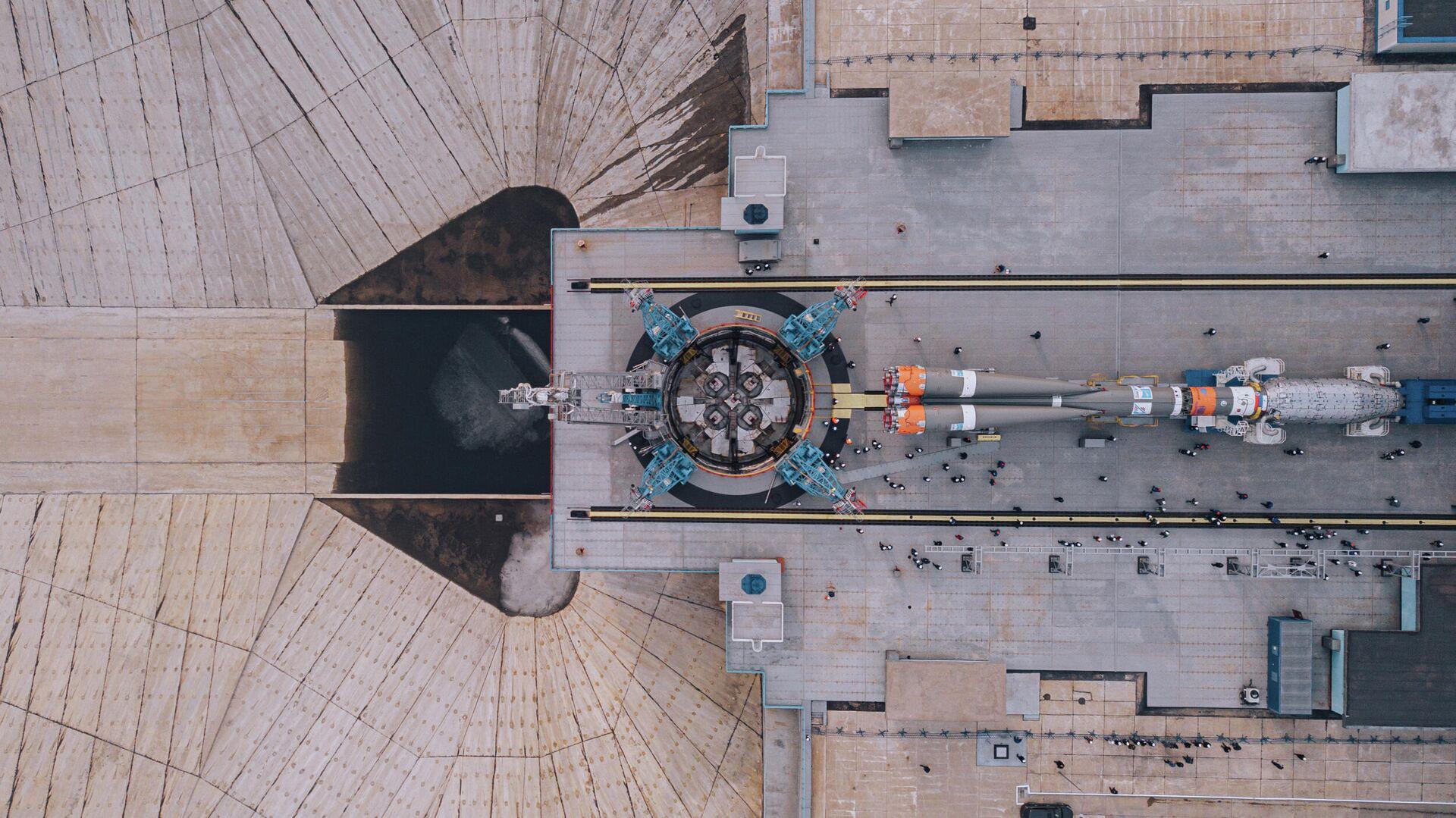 Вывоз ракеты-носителя Союз-2.1б с космическими аппаратами спутниковой компании OneWeb на Восточном - РИА Новости, 1920, 05.06.2021