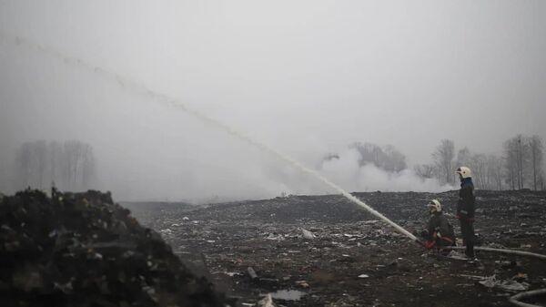 Пожар на свалке у Биробиджана