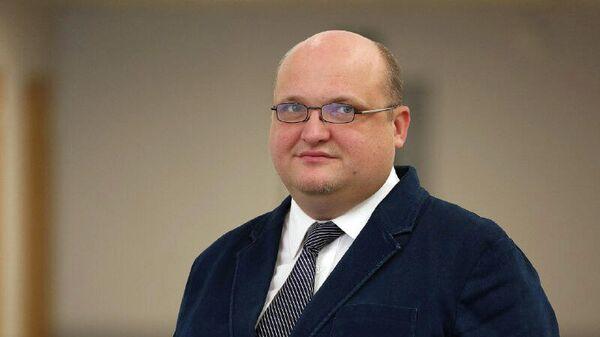 Конструктор бортовой аппаратуры этого комплекса, начальник отделения Российских космических систем Алексей Ковалев