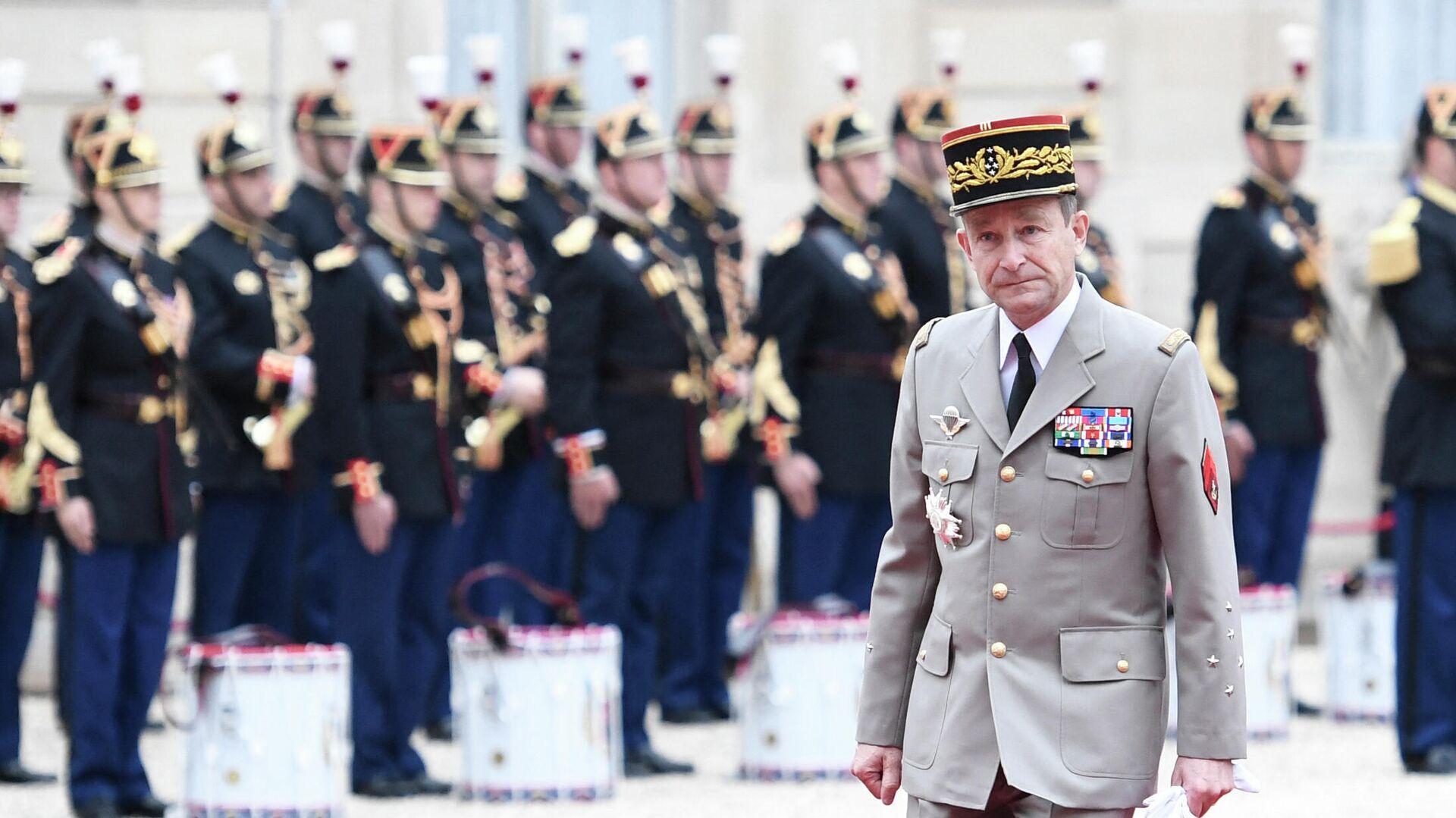 """Алжир отозвал посла из Франции из-за """"безответственных"""" слов Макрона"""