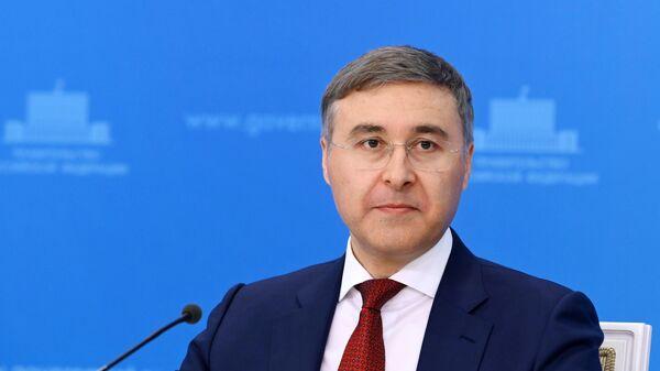 Министр науки и высшего образования РФ Валерий Фальков во время брифинга в Доме правительства РФ