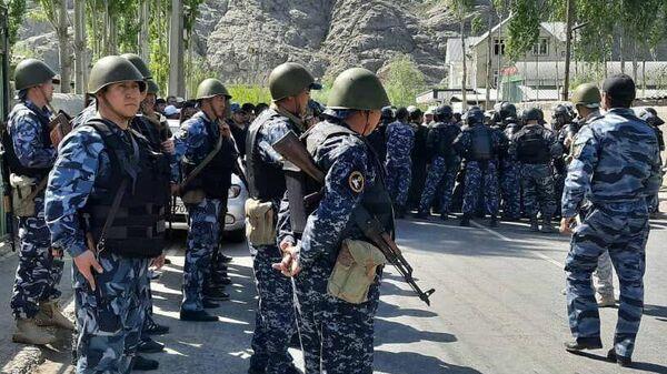 Кыргызские военнослужащие в зоне конфликта
