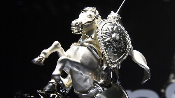 Главный приз 43-го Московского международного кинофестиваля Серебряный святой Георгий
